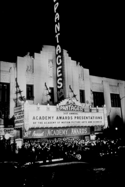 """""""Academy Awards: 31st Annual,""""Pantages Theater.  1959.Photo by Ernest E. ReshovskyCopyright 1978 Marc Reshovsky - Image 16528_0001"""