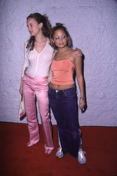 Bijou Phillips, Nicole RichieJay-Z Record Party, 11/7/00 © 2000 Glenn Weiner - Image 17324_0010