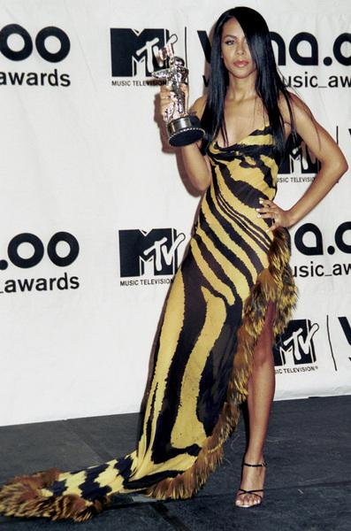 AaliyahMTV Video Music Awards: 2000 © 2000 Ariel Ramerez - Image 17591_0156