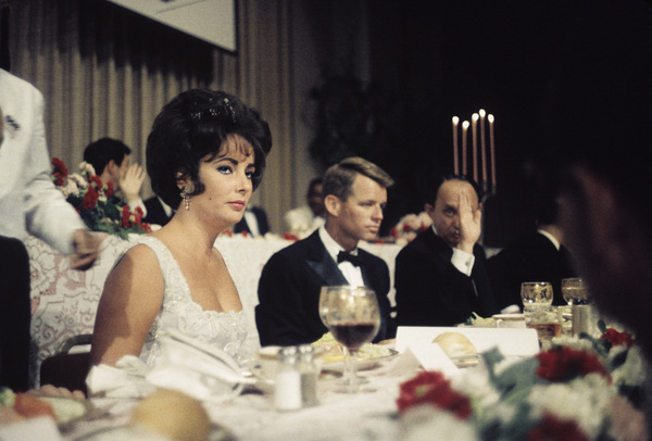 Cedars Sinai Party and BenefitElizabeth Taylor, Robert Kennedycirca 1961© 1978 David Sutton - Image 1807_2031