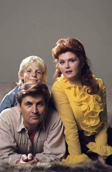 """Daniel Boone""Fess Parker, Darby Hinton, Patricia Blair1968 © 1978 Gene Trindl - Image 1886_0018"