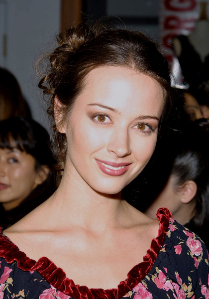 Amy Acker at the WB Winter press tour party held in Pasadena California 1/15/02 © 2002 Glenn Weiner - Image 19805_0102