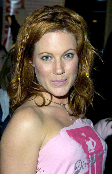 Elisa Donovan arrives at the WB Network Party in Pasadena California 1/15/02 She stars on the hit show Sabrina on the WB Network. © 2002 Glenn Weiner - Image 19805_0117
