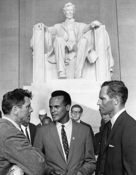Burt Lancaster, Harry Belafonte and Charlton Heston at the Lincoln Memorial for the March on Washington1963 - Image 2061_0039