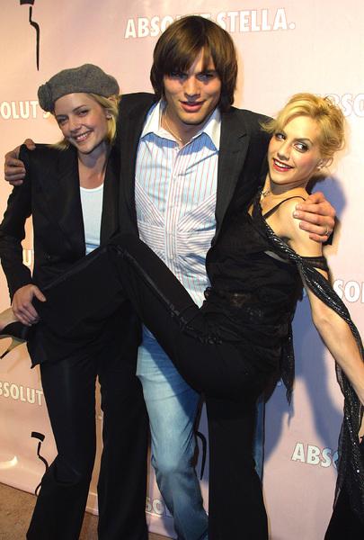 Absolut PartyMarley Shelton, Ashton Kutcher & Brittany MurphyChateau Marmont Hotel, West Hollywood, California 10/17/02 © 2002 Glenn Weiner - Image 20623_0133