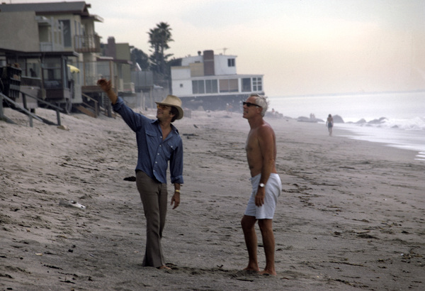Bill Bixby at his Malibu home with Lee Marvin1971© 1978 Gene Trindl - Image 2084_0069