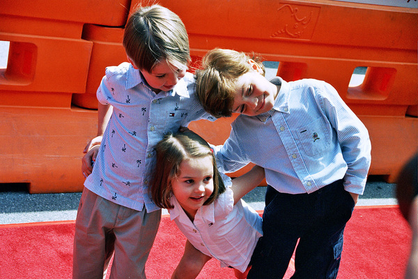 """""""Daddy Day Care"""" Premiere 5-9-03Connor Carmody, Hailey Johnson, & Authur YoungPhoto By Cindy Burtin - Image 21349_0016"""