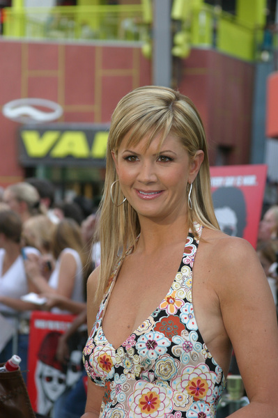 """Battle At Shaker Heights"" Premiere 8-11-03Nancy O"