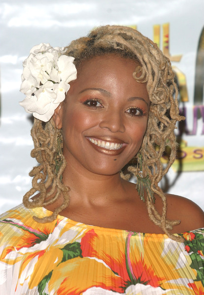 """9th Annual Soul Train Lady of Soul Awards""08/23/03Kim FieldsMPTV - Image 21590_0103"