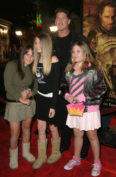 """Lord of the Rings: The Return of the King"" Premiere 12-03-2003David Hasselhoff and daughtersMPTV - Image 21590_0426"