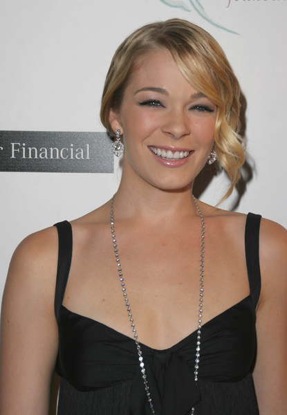 """""""8th Annual Lili Claire Foundation Benefit""""LeAnn Rimes10-15-2005 / Beverly Hilton Hotel / Beverly Hills, CA - Image 21590_1238"""