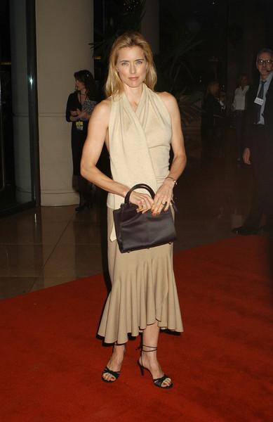 """UNICEF Goodwill Gala: 50 Years of Celebrity Advocacy"" 12-03-03Tea LeoniMPTV - Image 21709_0179"