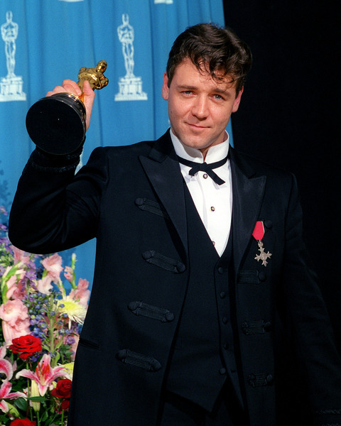 """""""73rd Annual Academy Awards"""" 03/25/01Russell Crowe © 2001 AMPAS/MPTV - Image 21724_0008"""