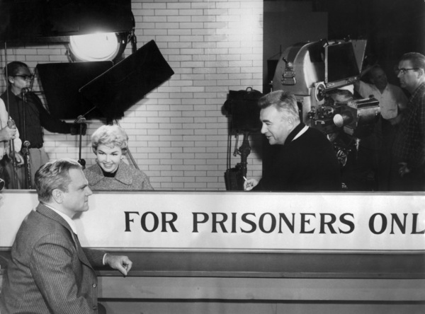 """James Cagney, Doris Day and Charles Vidor on the set of """"Love Me or Leave Me""""1955 MGM** I.V. - Image 21794_0019"""