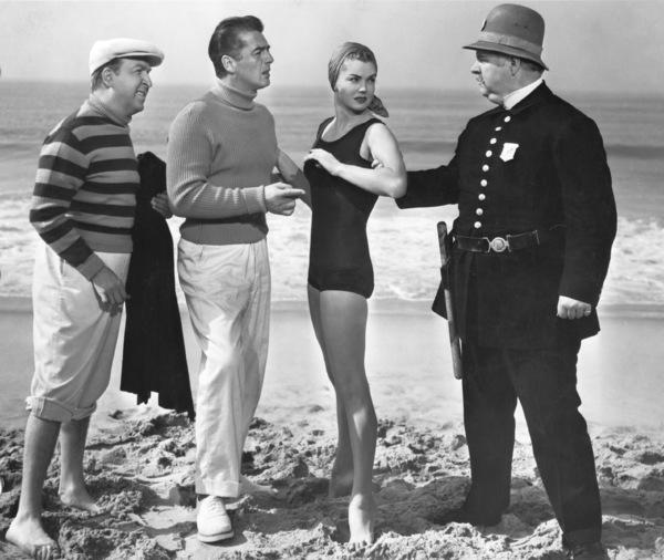 """Million Dollar Mermaid""Jesse White, Victor Mature, Esther Williams1952 MGM**I.V. - Image 21795_0005"