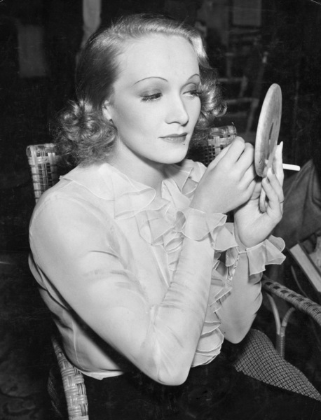 """Angel""Marlene DietrichParamount, 1937** I.V. - Image 22028_0001"
