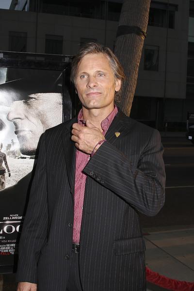 """Appaloosa"" PremiereViggo Mortensen 9-17-08 / The Academy Theatre / Beverly Hills, CA / New Line Cinema / Photo by Max Rodeo - Image 23611_0002"