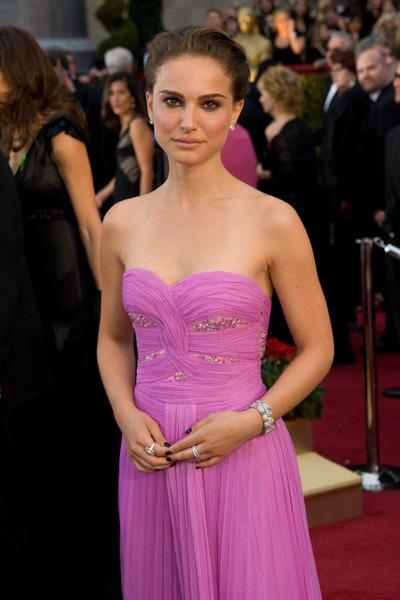 """The 81st Annual Academy Awards"" (Arrivals)Natalie Portman02-22-2009Photo by Jon Didier © 2009 A.M.P.A.S. - Image 23704_0084"