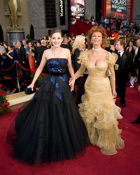 """The 81st Annual Academy Awards"" (Arrivals)Marion Cotillard, Sophia Loren02-22-2009Photo by Jon Didier © 2009 A.M.P.A.S. - Image 23704_0201"
