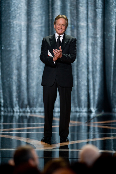 """""""The 81st Annual Academy Awards"""" (Telecast)Michael Douglas02-22-2009Photo by Michael Yada © 2009 A.M.P.A.S. - Image 23704_0598"""