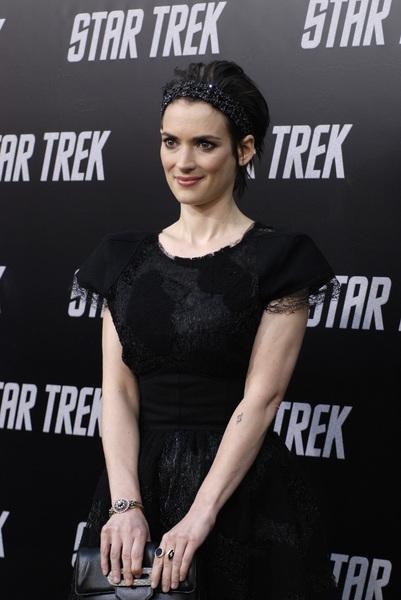 """""""Star Trek"""" (Premiere)Winona Ryder04-30-2009 / Grauman"""