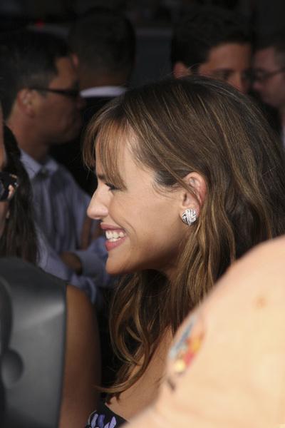"""The Invention of Lying"" Premiere Jennifer Garner9-21-2009 / Grauman"