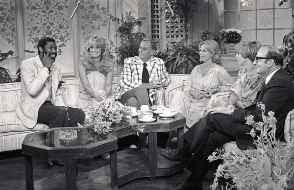 """Teddy Pendergrass on """"The Dinah Shore Show"""" with Susan Anton, McLean Stevenson and Vicki Lawrence 1978 © 1978 Bobby Holland - Image 23867_0006"""