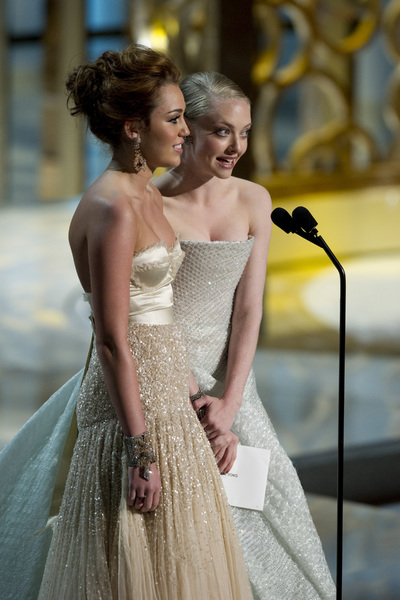 """The Academy Awards - 82nd Annual"" (Telecast)Miley Cyrus, Amanda Seyfried3-7-2010Photo by Matt Petit © 2010 A.M.P.A.S. - Image 23908_0018"