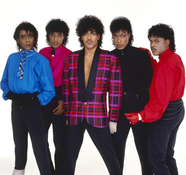 """The Deele""Darnell ""Dee"" Bristol, Kenny ""Babyface"" Edmonds, Carlos ""Satin"" Greene, Antonio ""L.A."" Reid, Kevin ""Kayo"" Roberson 1985 © 1985 Bobby Holland - Image 24025_0002"