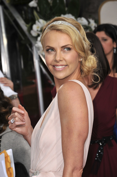 """""""The Golden Globe Awards - 69th Annual"""" (Arrivals) Charlize Theron1-15-2012 © 2012 Jean Cummings - Image 24150_0181"""
