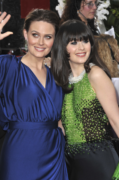 """The Golden Globe Awards - 69th Annual"" (Arrivals) Emily Deschanel, Zooey Deschanel1-15-2012 © 2012 Jean Cummings - Image 24150_0223"