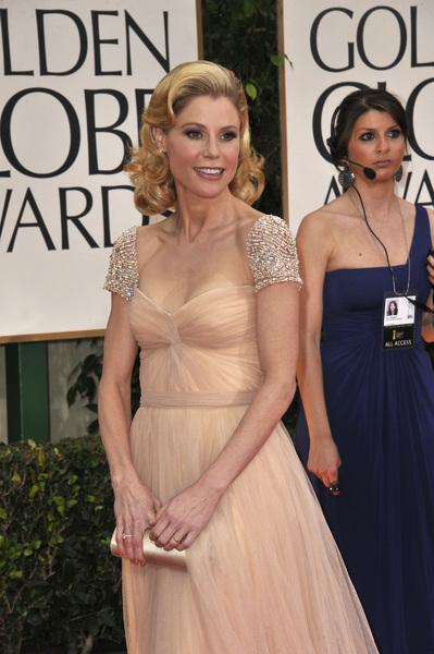 """The Golden Globe Awards - 69th Annual"" (Arrivals) Julie Bowen1-15-2012 © 2012 Jean Cummings - Image 24150_0291"