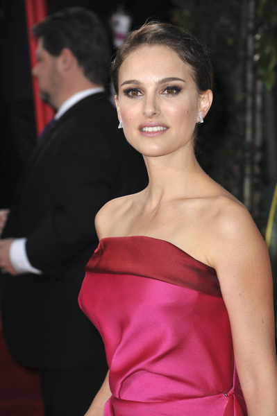 """The Golden Globe Awards - 69th Annual"" (Arrivals) Natalie Portman1-15-2012 © 2012 Jean Cummings - Image 24150_0352"