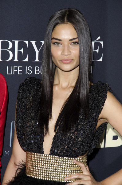 """Beyonce: Life is But a Dreamî PremiereShanina Shaik2-12-2013 / Ziegfeld Theater / New York NY / HBO / Photo by Eric Reichbaum - Image 24261_434"