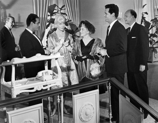 """Doris Day and James Garner in """"The Thrill of It All""""1963 Universal** B.D.M. - Image 24293_0242"""