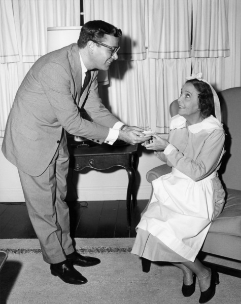 """Ross Hunter and Zasu Pitts on the set of """"The Thrill of It All""""1963 Universal** B.D.M. - Image 24293_0445"""