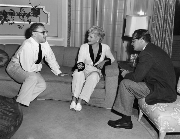 "George Cukor, Judy Holliday and William Holden on the set of ""Born Yesterday""1950 ColumbiaPhoto by Van Pelt** B.D.M. - Image 24293_0489"