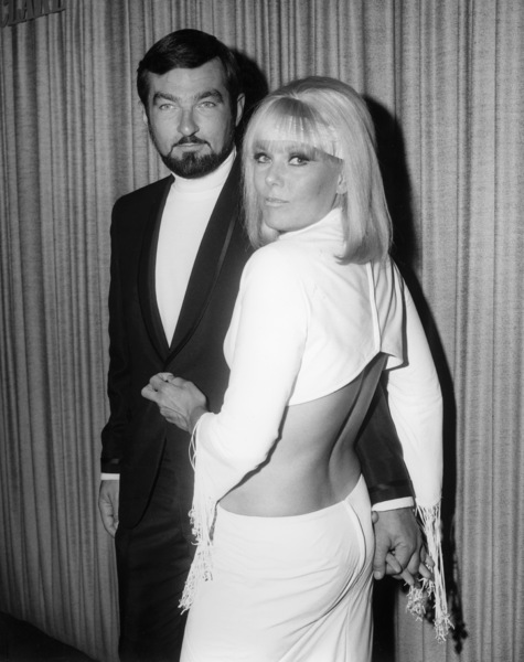 """Joel Thomas and Kim Novak at the Hollywood premiere of """"The Legend of Lylah Clare"""" at Grauman"""