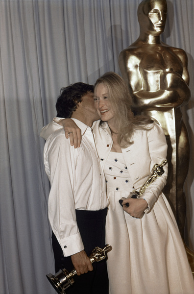 """Dustin Hoffman, Meryl Streep backstage at """"The 52nd Annual Academy Awards"""" ceremony at the Dorothy Chandler Pavilion April 14, 1980** B.D.M. - Image 24293_1975"""
