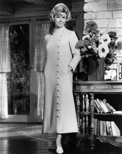 """Doris Day in """"Where Were You When the Lights Went Out""""1968 MGM** B.D.M. - Image 24293_1988"""