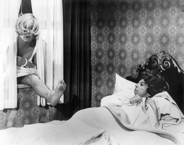 """Doris Day and Alice Pearce in """"The Glass Bottom Boat""""1966 MGM** B.D.M. - Image 24293_2128"""