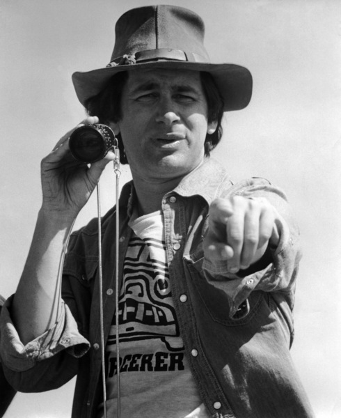 """Director Steven Spielberg on the set of """"Close Encounters of the Third Kind""""1977 Columbia** B.D.M. - Image 24293_2518"""
