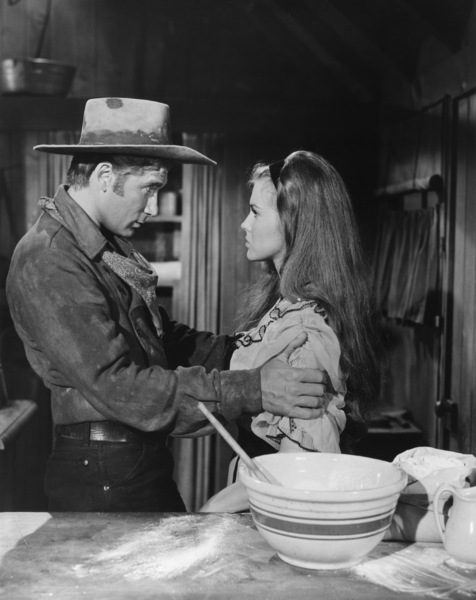 """Alex Cord and Ann-Margret in """"Stagecoach""""1966 20th Century Fox** B.D.M. - Image 24293_2915"""