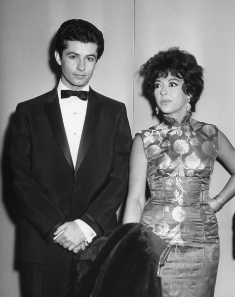 """George Chakiris and Rita Moreno attend the New York premiere of """"West Side Story""""October 18, 1961** B.D.M. - Image 24293_2920"""