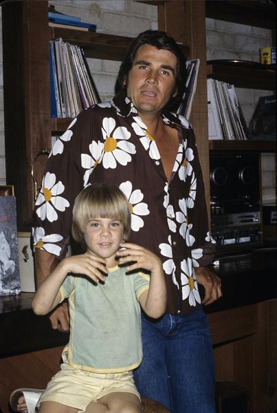 James and Josh Brolincirca 1970s© 1978 Gary Lewis - Image 24300_0013