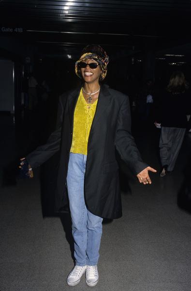 Whitney Houstoncirca 1989© 1989 Gary Lewis - Image 24300_0159
