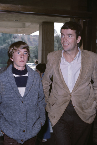 Timothy Hutton and Jim Huttoncirca 1971© 1978 Gary Lewis - Image 24300_0196