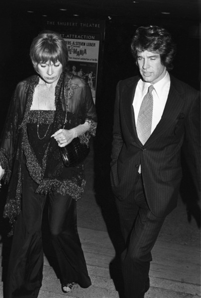 Shirley MacLaine and Warren Beatty circa 1980 © 1980 Gary Lewis - Image 24300_0501