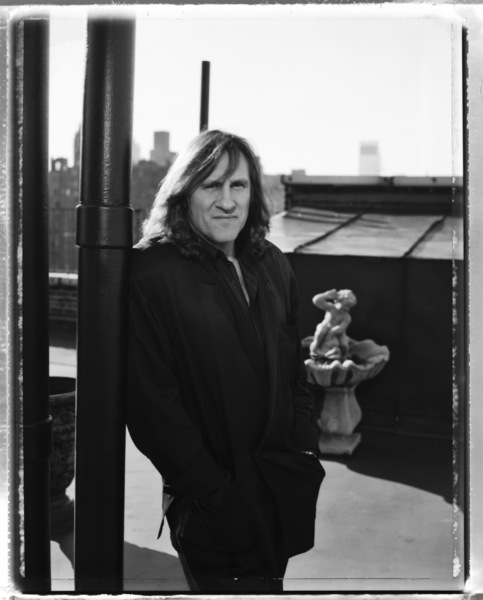 Gerard Depardieu photographed on the roof his hotel in New York City1990© 1990 Ken Shung - Image 24302_0014