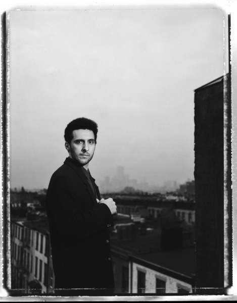 John Turturro photographed at his home in Brooklyn, New York 1990© 1990 Ken Shung - Image 24302_0019